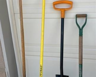 REDUCED!  $15.00 NOW, WAS $20.00....................Shovels, Rakes and more (S032)