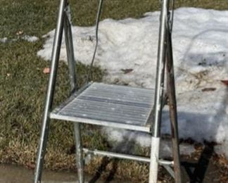 REDUCED!  $9.00 NOW, WAS $12.00...................Step Ladder (S020)