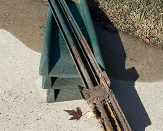 CLEARANCE !  $2.00  NOW, WAS $8.00...............Posts and Down Spout Catchers (S016)