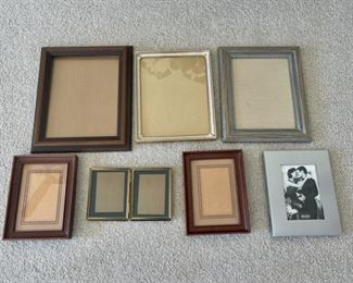 HALF OFF!  $3.00 NOW, WAS $6.00......................Frames (S157)