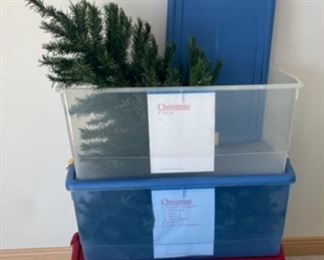 CLEARANCE !  $15.00 NOW, WAS $40.00....................Christmas Tree believe 6' with 3 nice large storage tubs (S151)