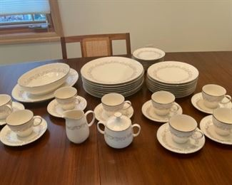 CLEARANCE !  $20.00 NOW, WAS $80.00......................Noritake Marquis China Set Service for 8 (S137)