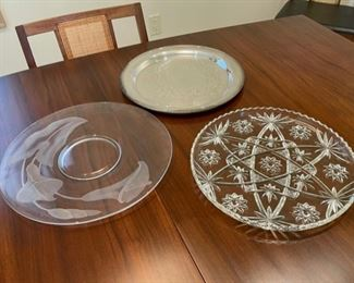 CLEARANCE !  $2.00 NOW, WAS $8.00................Platters (S136)