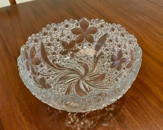 """REDUCED!  $12.00 NOW, WAS $16.00.................Vintage Bowl, 8"""" Diameter (S128)"""