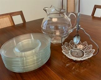 """CLEARANCE !  $2.00 NOW, WAS $10.00.......................12 8"""" plates and glassware (S124)"""