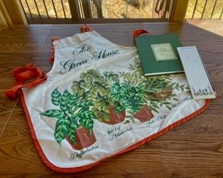 HALF OFF!  $3.00 NOW, WAS $6.00..................Gardeners Apron and more (S112)