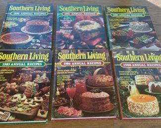 CLEARANCE !  $3.00 NOW, WAS $12.00.................Southern Living Hardcover Cookbooks (S091)
