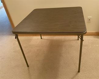 REDUCED!  $11.25 NOW, WAS $15.00...............Card Table (S278)