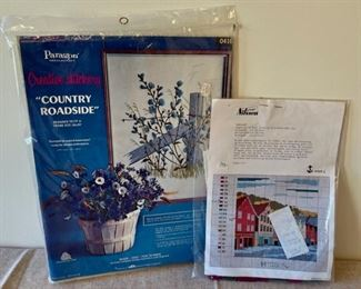 HALF OFF!  $6.00 NOW, WAS $12.00....................2 Embroidery Kits (S266)