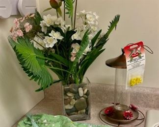 HALF OFF!  $3.00 NOW, WAS $6.00..................Floral Decor, Bird Feeder and more (S247)