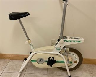 $25.00...............Tunturi Stationary Bike (S243)
