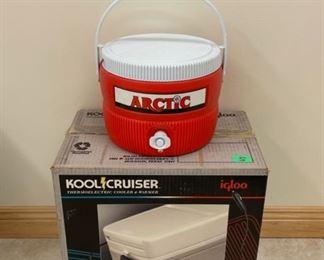 HALF OFF!  $22.50 NOW, WAS $45.00...................Igloo Kool Cruiser Plug in Cooler and Arctic Cooler (S236)