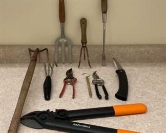 $14.00.......................Gardening Tools (S234)