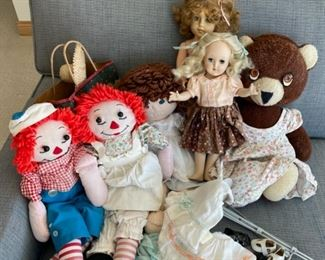 HALF OFF!  $10.00 NOW, WAS $20.00................Dolls and more (S213)