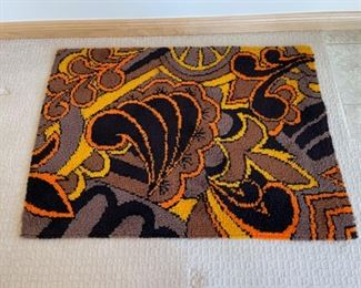"""$30.00....................Funky Hooked Rug 47"""" x 34"""" (S212)"""