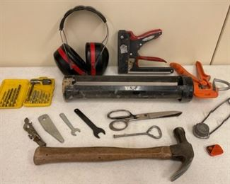 CLEARANCE !  $3.00 NOW, WAS $14.00.................Stapler, Hammer and more (S396)