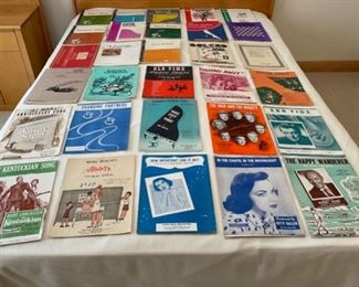 CLEARANCE !  $10.00 NOW, WAS $40.00................30 Music Books or Sheet Music (S313)