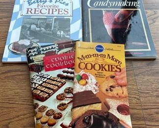 $4.00..............Cookbooks (S083)