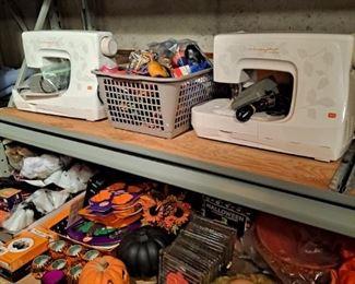Halloween Decorations, Husky Star Felting Machines