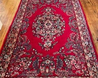 BEAUTIFUL RUG.  GREAT COLOR.