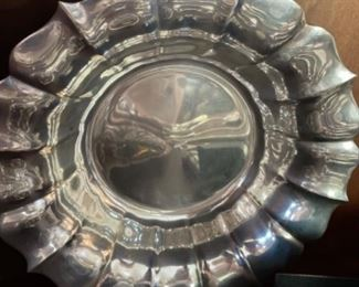 VERY BEAUTIFUL STERLING BOWL.