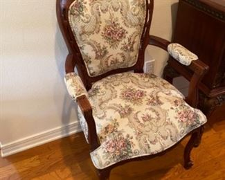 16- $695 - 10 chairs Victorian style + 2 Arms
