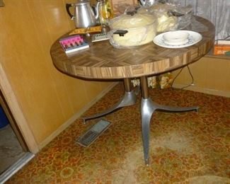 Awesome Walter of Wabash Retro Table