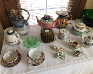 Teapots, china tea cups/saucers, children's tea sets