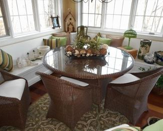 "72"" Poly Wicker Table with 4 Chairs"