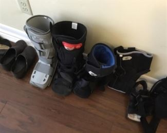 Medical boots for right foot - $10 each