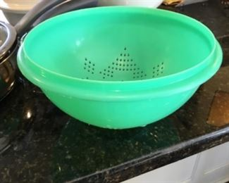 Tupperware strainer - $5.00