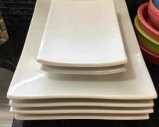 Set of 6 serving plates - 4 large - 2 small = $12.00