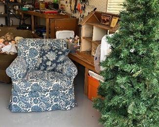 Christmas Tree in Decorator basket!