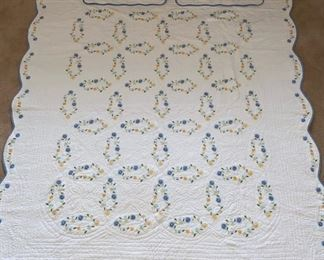 """Bedspread: Full / Standard, 82"""" Wide, Embroidered with 2 Shams"""