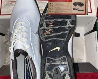 Nike Sport Performance, Womens Size 9 or 10, New in Box, White, $120 New!