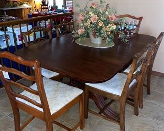 Duncan Phyfe Table, Set of 4 Chairs PLUS Set of 2 Chairs that closely match the other 4.  (Table and two sets of chairs sold separately.)
