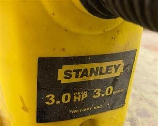 Stanley 3.0 HP, 3-Gallon Wet Dry Vac