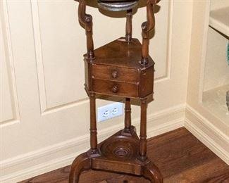 Vintage Stand