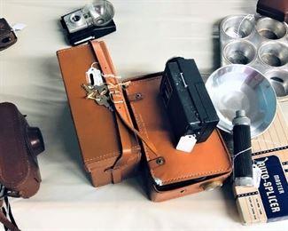 DeJur 8mm Camera with Case, Splicer, Etc.