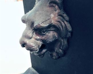Ingram Claw Footed Lion Head Mantle Clock Detail