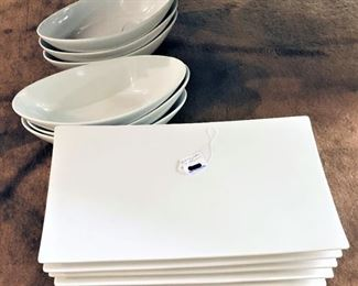 Large Plates and Dishes