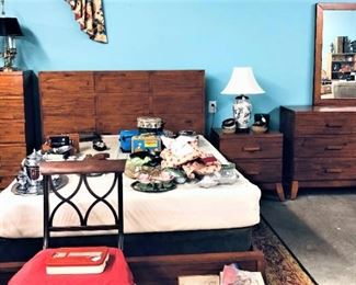 Bed Chest of Drawers Dresser and Nightstand