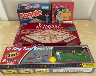 CLEARANCE !  $3.00 NOW, WAS $10.00...................Games (C186)