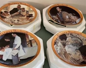 HALF OFF!  $20.00 NOW, WAS $40.00.......................4 Norman Rockwell Plates w/boxes (C111)