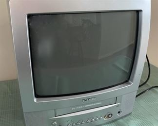 REDUCED!  $11.25 NOW, WAS $15.00.......................Toshiba VHS/TV (C103)