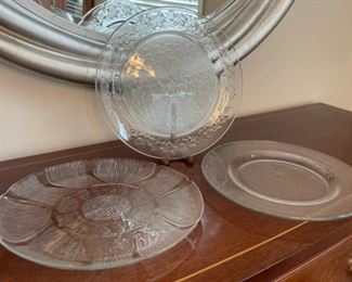 CLEARANCE !  $3.00 NOW, WAS $8.00.......................Glass Platters (C075)