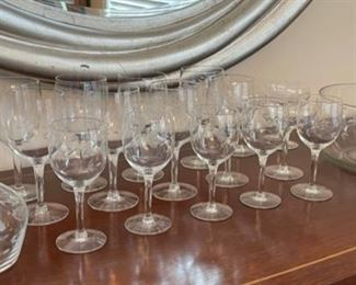 CLEARANCE !  $10.00 NOW, WAS $30.00.................20 Piece Etched Glassware Set (C076)