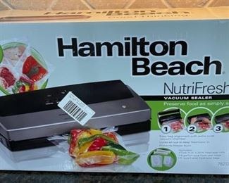 HALF OFF!  $22.50 NOW, WAS $45.00........................Hamilton Beach NutriFresh Sealer (C050)F