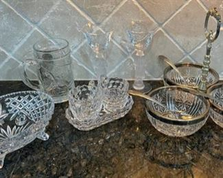 CLEARANCE !  $4.00 NOW, WAS $12.00...................Glassware (C046)