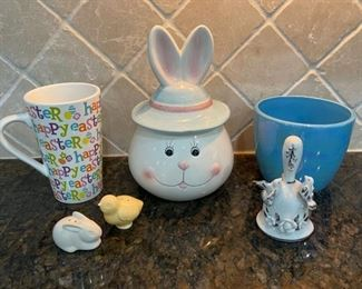 CLEARANCE !  $3.00 NOW, WAS $10.00..................Easter Decor and more (C037)